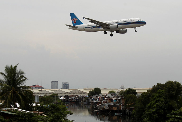 American Airlines Seeks China Southern Tie-Up as Traffic Booms